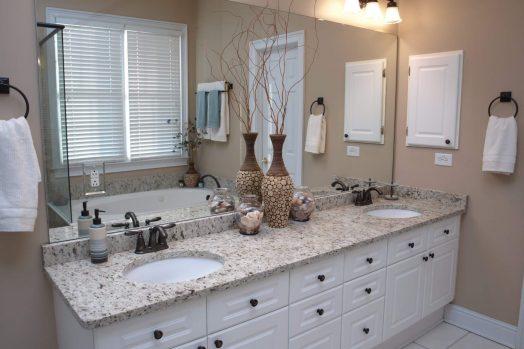 10-refacing-bathroom
